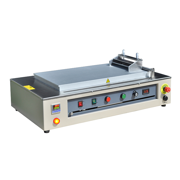 Bottom heating type casting coating machine with doctor blade