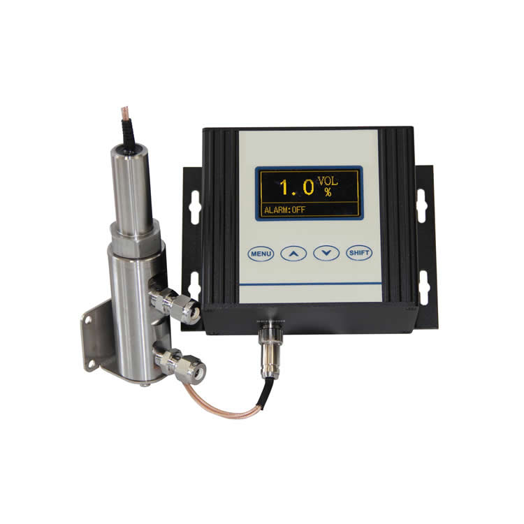 Capacity-resistance flue gas humidity transmitter
