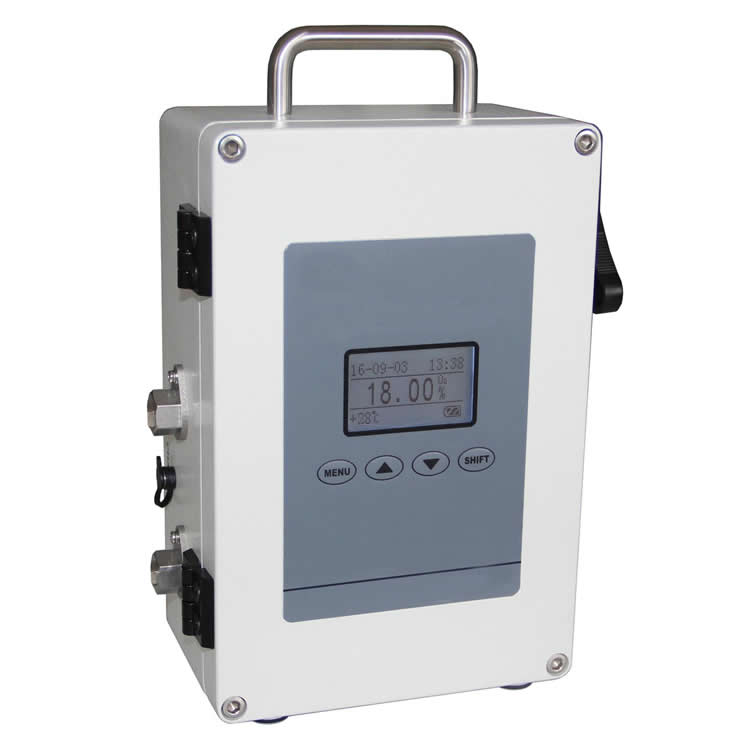 Portable intrinsically-safe explosion-proof oxygen analyzer